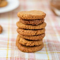 Amaretti from Italy - HQ Recipes Buttery Cookies, Pecan Cookies, Keto Cookies, Bar Cookies, Pumpkin Spice Cookie Recipe, Cookie Recipes, Candied Carrots, Low Carb Biscuit, Spiced Pecans