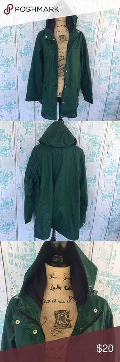 Lands' End size XL green rain jacket Lands' End size XL green rain jacket. Over all good condition. It was washed and then dried so there is some flaw to material as seen in 3-4th pics. Lands' End Jackets & Coats