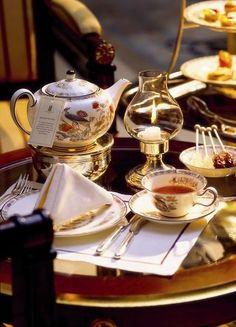 The Tea Lounge l The Ritz-Carlton, Berlin    ... - La Trahison des Images