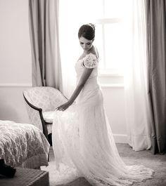 Vestido do Atelier Marie Lafayette escolhido por Flávia.O casamento de Flávia e Fred, publicado no Euamocasamento.com. As fotos são de Rodrigo Sack. #euamocasamento #NoivasRio #Casabemcomvocê
