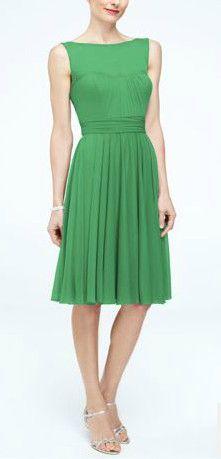 Short Mesh Bridesmaid Dress with Sweetheart Illusion Neckline Style F15701 #davidsbridal #bridesmaids #greenbridesmaiddress #summerwedding