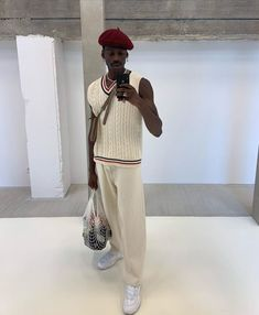 White Vest Outfit, Sweater Vest Outfit, Polo Outfit, Vest Outfits, Sweater Vests, Indie Fashion Men, Black Men Street Fashion, Streetwear Fashion, Fashion News