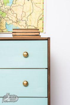 IKEA-bútor festése házilag: IKEA-hack-sorozat, 2. rész | Azúr Bagoly Milk Paint, Dresser As Nightstand, Ikea Hack, Owl, Blog, Painting, Furniture, Home Decor, Owls