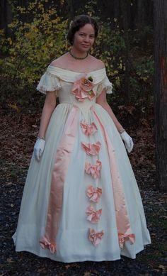 Diwali Fireworks, Romantic Period, Civil War Dress, 19th Century Fashion, Victorian Era, Vintage Outfits, Vintage Clothing, Make Money Online, Homecoming