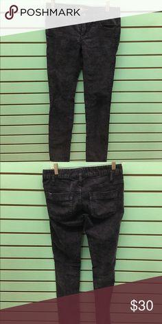 Free People Corduroy Skinny Jeans Free People Corduroy Skinny Jeans Navy in color Size 25 Free People Jeans Skinny