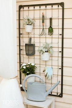 Garden Organizer - 25 Warm-Weather DIYs If You Hate DIYs - Photos