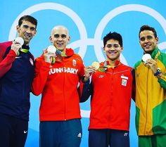 What a race!!! Congrats to @chadleclos92 @csehlaszlo and @josephschooling…
