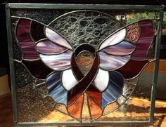 Stained Glass Birds, Stained Glass Projects, Stained Glass Patterns, Stained Glass Windows, Fused Glass, Leaded Glass, Mosaic Glass, Stain Glass Cross, Glass Butterfly