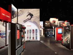 Every year ISPO, the world's largest trade fair for sporting goods and sports fashion in Munich, open their doors for sports enthusiasts, brands and retailers. For the fifth consecutive year, atelier 522 has created an exciting world for Atomic at ISPO. #ExhibitionDesign #Sport #WEARESKIING