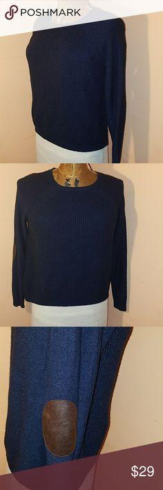 J.Crew Merino wool blend sweater Good condition. Navy color. 37% Viscose 35% Nylon 28% Merino Wool. Extremely soft! J. Crew Sweaters Crew & Scoop Necks