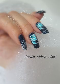 Nails one stroke blue winter nails