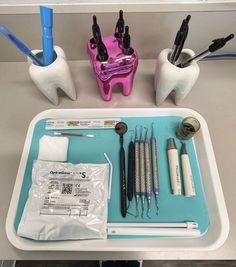 Dental Assistant Study, Dental Hygiene Student, Dental Hygienist, Dental Wallpaper, Dental Videos, Dental Aesthetics, Dental World, Dental Anatomy, Dental Office Decor