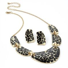 Animal Print Necklace and Earring Fashion Jewellery Set from Picsity.com