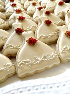 40 Petite Sized Ivory Wedding Dress Cookies with bouquet. Petite Gowns, Poppy Seed Cookies, Wedding Dress Cookies, Piping Icing, Frosting, Cookie Favors, Cupcakes, Fondant Flowers, Sugar Cookies