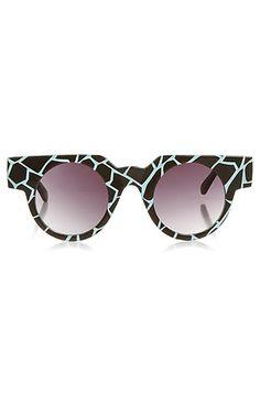 Quay Eyewear Sunglasses I Choose Round Frames in New Ground: Miss KL