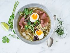 Try Pho Bo (beef and noodle soup) with micro greens by FOOBY now. Or discover other delicious recipes from our category main dish. Red Bull Winter Edition, Pho Bo, Beef Rump, New Recipes, Healthy Recipes, Healthy Food, Pho Recipe, How To Make Spaghetti, Mung Bean