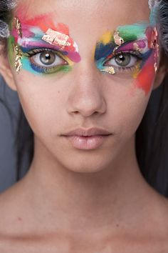 Beauty I Hair & Make up I colourful I Triya I Rio I eye make up I eye shadow I print Make Up Looks, Art Visage, Fantasy Make Up, Fantasy Hair, High Fashion Makeup, Fashion Make Up, Fashion Fashion, High End Fashion, Fashion Face
