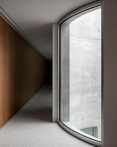 Raiffeisen Office / Montemurro Aguiar Architetti / Ticino / CH