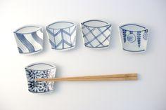 palm-sized dish, Arita porcelain, Japan.