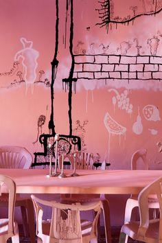La casa laberíntica y novecentista de Guillermo Santomà en Barcelona - Comedor | Galería de fotos 3 de 11 | AD