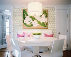 Slideshow: Wallcovering trends sparkle and fade, but these 13 designs– and the spaces they famously adorn– are forever.  | Lonny
