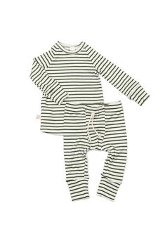 night set in 'evergreen stripe' – Childhoods Clothing Cute Baby Boy Outfits, Toddler Outfits, Baby Boy Fashion, Kids Fashion, Esquivel, One Clothing, Baby Kids, Baby Baby, Rib Knit