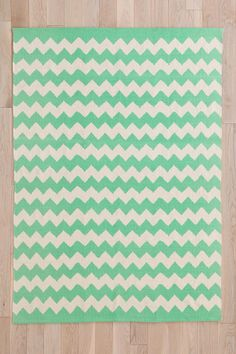 Zigzag Rug mint $44 3x5 urban outfitters