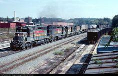 RailPictures.Net Photo: LN 8031 Louisville & Nashville EMD SD40-2 at Cartersville, Georgia by Bernie Feltman