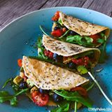 "Para contrariar o frio resolvi fazer algo ""caliente""!!! Vejam o novo post: ""Tacos vegetarianos"" . To counter the cold I decided to do something ""caliente"" !!! See the new post: ""Veggie Tacos"" #mypaleolife #mypaleolifeblog #mypaleorecipes  #recipes #healthyfood #eatclean #food #foodporn #tacos #fitness #fitgirl #fit #paleo #instadaily #instagramer #instagood #chef #meal #noexcuses #glutenfree #grainfree #lactosefree #veggie"