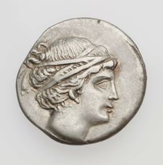 Didracma - argento - isola di Paros, Grecia (3° sec a.C.) - Artemide vs.dx. con i capelli raccolti da un triplo giro di nastro- MFA Boston