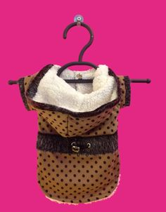 This dog jacket is stylish and sophisticated. It is super soft, made with sweater material and lined with faux wool. Available in 2 colors and sizes XS-XXL. Stretchy for extra comfort For the perfect Dog Jacket, Sweater Jacket, Boy Dog Clothes, Dog Clothing, Dog Varieties, Polka Dot Sweater, Pet Boutique, Dog Coats, Hooded Sweater