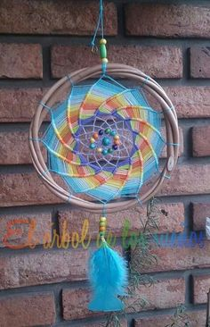Dream Catcher Mobile, Dream Catchers, Dreamcatcher Tutorial, Dream Catcher Mandala, Indian Arts And Crafts, Wiccan Crafts, Decoration Piece, Easy Diy Crafts, Wind Chimes