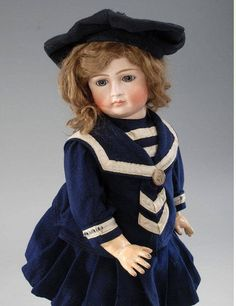 Матросское платье - долгожданная свобода для детей! ... И кукол!