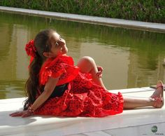 In Pose Sony, Poses, Formal Dresses, Red, Fashion, Figure Poses, Moda, Formal Gowns, Fasion