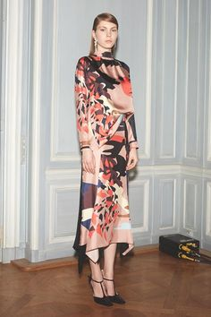 Catwalk photos and all the looks from Juan Carlos Obando Autumn/Winter 2015-16 Ready-To-Wear Paris Fashion Week