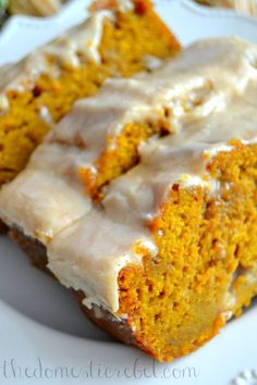 The Best Pumpkin Bread with Brown Butter Maple Icing... a simple, delicious, moist and tender pumpkin bread perfectly spiced throughout and topped with a brown butter maple glaze
