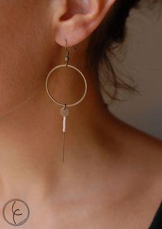 ring earrings and miyuki beads by lilifabrique on Etsy Diy Jewelry Rings, Brass Jewelry, Beaded Rings, Jewelery, Jewelry Accessories, Jewelry Making, Jewelry Design, Minimalist Necklace, Minimalist Jewelry