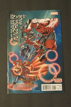 thunderbolts annual #1, Dr. strange dead pool , Venom. Marvel comics NM 9.4