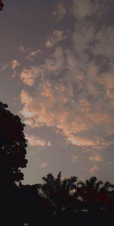 Black Aesthetic Wallpaper, Aesthetic Backgrounds, Aesthetic Iphone Wallpaper, Aesthetic Wallpapers, Scenery Wallpaper, Dark Wallpaper, Wallpaper Backgrounds, Tumblr Photography, Sunset Photography