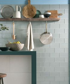 Speculo™ Mist Grey Glass Tile | Topps Tiles