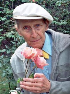 Peter Cushing and the Helen Cushing Rose