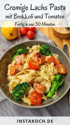 Cremige Lachs Pasta mit Brokkoli und Tomaten - Instakoch.de Creamy Salmon Pasta, Tasty Dishes, Healthy Dinner Recipes, Dessert Recipes, Pasta Recipes, Food Inspiration, Food Processor Recipes, Food And Drink, Lunch