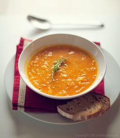 Zupa dyniowa z ryżem i tymiankiem | White Plate
