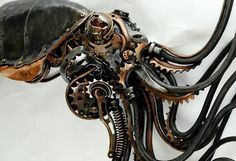 Steampunk Squidipus by Alan Williams metal artist / http://www.steampunktendencies.com/