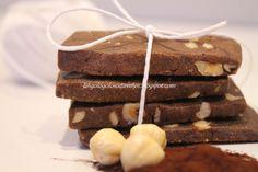Biscotti con cacao e nocciole..semplici e friabili..  
