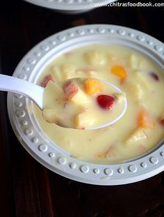 Fruit custard recipe - Yummy,easy Indian dessert recipe