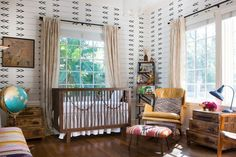 It's time to prepare the best nursery for your prospective baby! If she is a girl, take a look at these baby girl room ideas! Nursery Modern, Boho Nursery, Nursery Neutral, Nursery Room, Neutral Nurseries, Indian Nursery, Aztec Nursery, Rustic Nursery, Girl Nursery