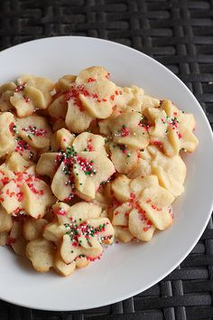 Holiday Spritz Cookies #Holiday #cookies