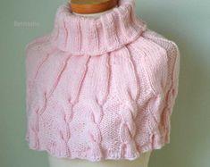 DARCY Knitting capelet pattern pdf by BernioliesDesigns on Etsy