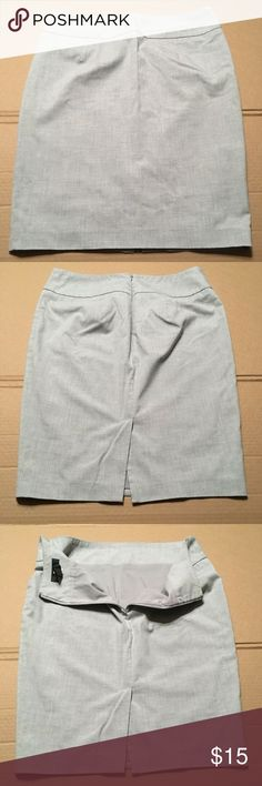 Sized 11 Excellent Used Condition Smart Mossimo Supply Company Shorts